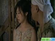 元カレとその仲間たちに脅されて農機具小屋で犯すされるひんぬー娘