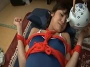 スクール水着のお姉さんを赤い縄で緊縛してローションたらたらぬるぬるプレイでイカせる!
