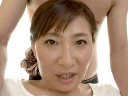 扇原樹理:豊満な体を持て余す昼下がりの主婦