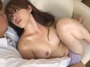 安めぐみ似の隣の美人妻とセックスです!