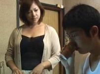 増田ゆり子 下宿学生に媚薬茶を飲ませて元気すぎるチンコを味わう女盛りの未亡人