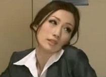 巨乳の痴女、JULIA出演の無料H動画。JULIA 残業中に課長のチンコを貪る巨乳痴女OL