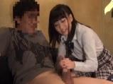 篠宮ゆり お店に内緒で本番させてくれる女子校生ピンサロ嬢