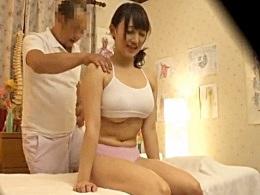悪徳治療院の行き過ぎた淫行施術の一部始終が流出!