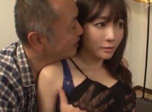 テレフォンセックスが義父に見つかり襲われる美人妻w