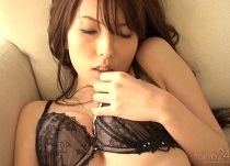 波多野結衣 乳揉み乳舐め美乳愛撫