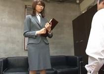 稲川なつめ 元レースクィーンの新人美人秘書が社長にセクハラされて中だし