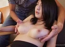 美乳の美人奥様とセックス