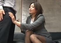 山本美和子 チンコ面接で欲求不満を解消する変態女人事部長