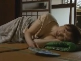 昼寝している義母に欲情してハメちゃう義息子