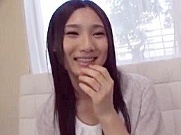 1本ギャラ500万円の破格の条件でワケ有り素人妻が最初で最後のAV出演!