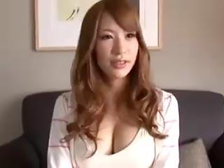 このカラダは反則だよな…超絶美人でクビレ美巨乳のパーフェクト美女とセックス♪
