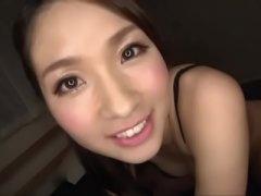 美女の手マン無料H動画。美ヒップを突き出した四つん這いボディで手マン責めされジャジャ漏れ愛液する美女 …