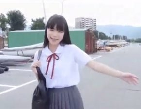 【無料H動画】絶対的美ガールのバツグンの透明感にキュン死してまうやろ~!