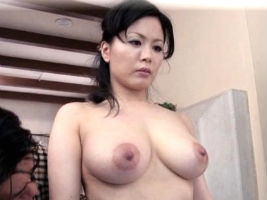 佐藤みき 3Pで乱れる爆乳熟女の体が若い女よりよっぽどエロい件wwww