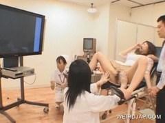ヤブ医者に不妊治療しに行った若い旦那婦がスタッフ全員に性的なイタズラされる