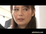 三浦恵理子 熟女女教師のパンチラをネタにオナニーする生徒!! 手コキのお手伝い