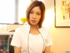 美人エステティシャン奥田咲が興奮した客に犯される