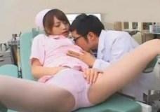 仕事熱心だけどえっちも好きな美女看護師 吉沢明歩