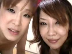 片桐沙代子&愛川咲樹 :華奢な男の子にエッチな悪戯をする熟女達