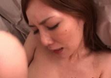 スリムの姉の無料H動画。デカ下半身でスリムな姉さんが課長とセックスしちゃう!